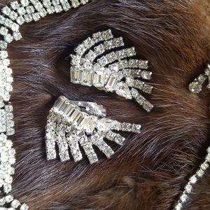 Gorgeous vintage rhinestone fan earrings